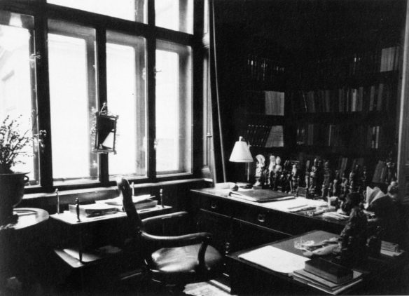 Sigmund Freud's apartment, Berggasse 19, Vienna, View of the study, 1938. Edmund Engelman. Photograph.