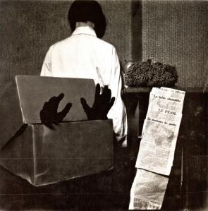 Table aimantée, tombeau du poete